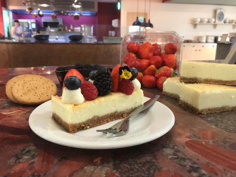 Alton's Baked Vanilla Cheesecake
